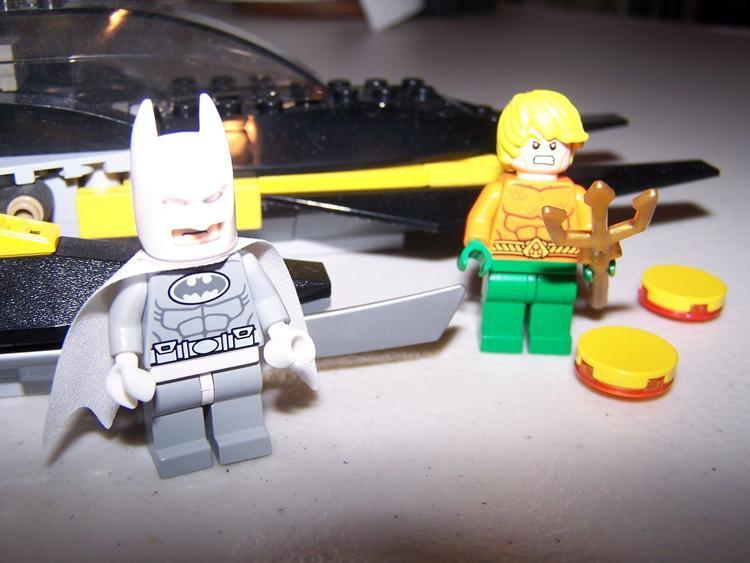 Decool 7102 DC Super Heroes Arctic Batman vs Mr Freeze Aquaman on Ice buliding blocks compatible 1 - DECOOL