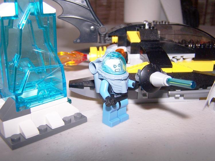 Decool 7102 DC Super Heroes Arctic Batman vs Mr Freeze Aquaman on Ice buliding blocks compatible 2 - DECOOL