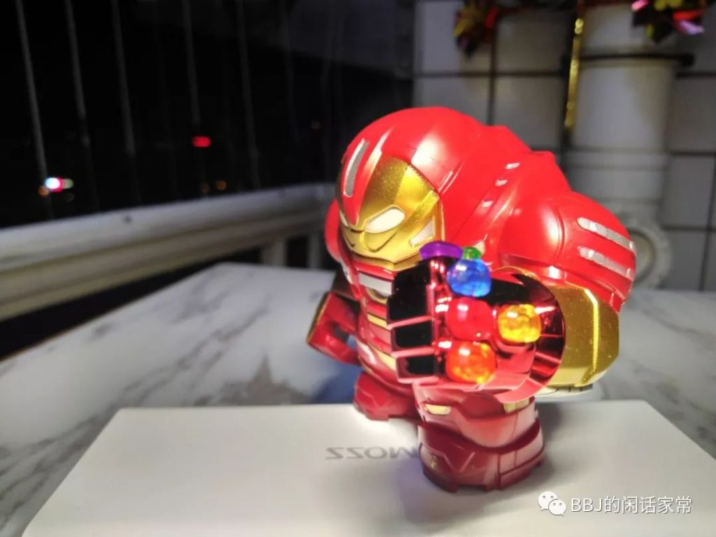 Review DECOOL 10316 Iron Man Anti-Hulk Mecha Armor, Stark Figure Figure Super Heroes