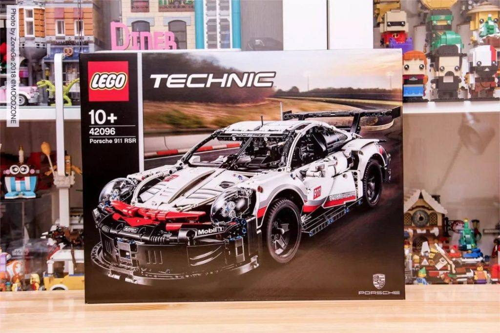 Review DECOOL 13387 Porsche 911 RSR Vehicle